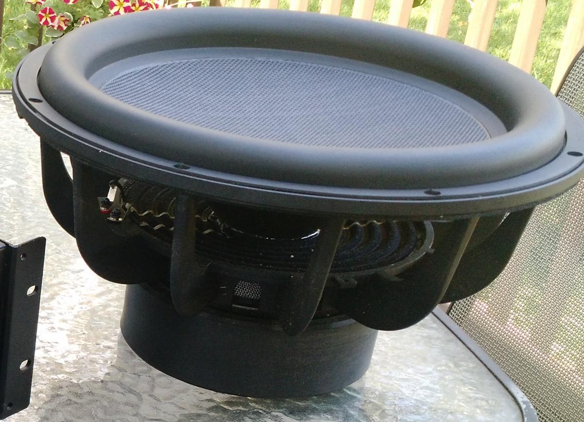 """Dayton Audio Ultimax UM15-22 15"""" Subwoofer driver-ultimax-um15.jpg"""
