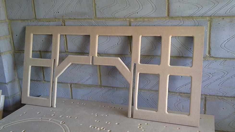 2 x 15 cu ft FIQ18 multi tuned ported subs-vertical-bracing.jpg