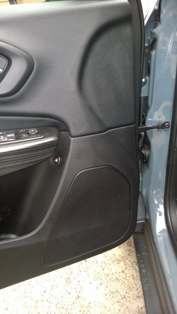 Alpine/JL Replacement of Jeep 6 Speaker System-wp_20140416_003.jpg