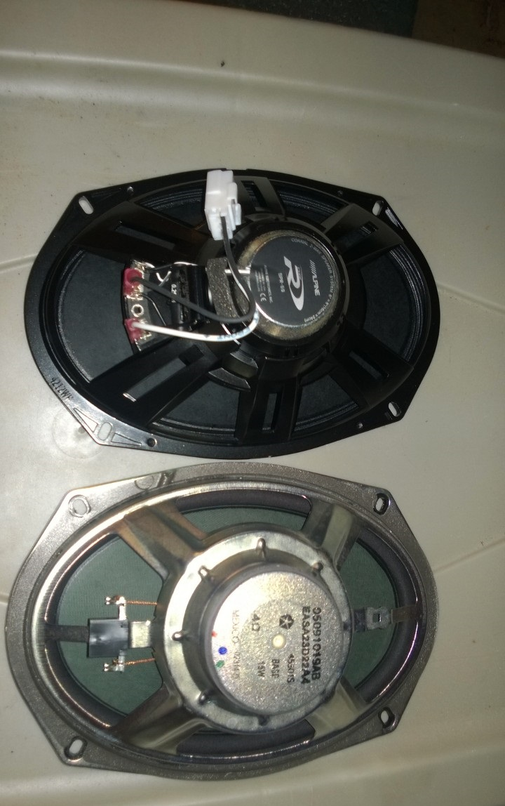 Alpine/JL Replacement of Jeep 6 Speaker System-wp_20140811_002.jpg