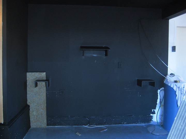 Painting the room Black, just seems wrong.-z4.jpg
