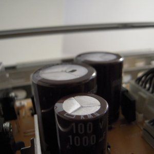 haojiang11's Hitachi P50H401 capacitors