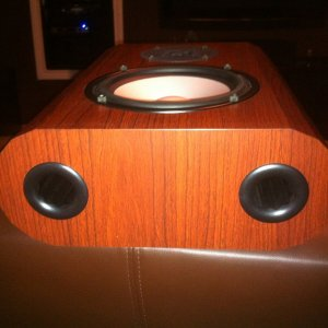 Axiom M3 On-Wall Speaker Review